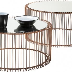 Okrągłe stoliki WIRE COOPER o eleganckiej, metalowej konstrukcji oraz 1.349 zł/2 szt. Fot. Kare Design