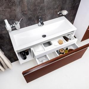 Przechowywanie w łazience: meble Clear. Fot. Ravak
