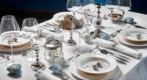W dekoracji stołu liczy się każdy szczegół. Piękne nakrycie to nie tylko obrus, talerze i sztućce, ale przede wszystkim elementy ozdobne.