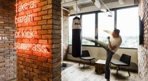 Inwestora, architekta i dostawcę The Brain Embassy - przestrzeni do wynajęcia oferowanej zarówno firmom, jak i freelancerom - połączyła wizja stworzenia biura przyszłości z prawdziwego zdarzenia.