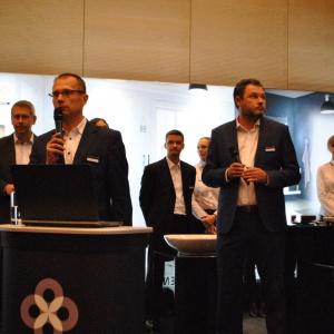 Partnerem strategicznym spotkania w Katowicach była marka Elements, która specjalizuje się w kompleksowych rozwiązaniach z zakresu techniki sanitarnej, instalacyjnej, wentylacyjnej i grzewczej. Przedstawiciele marki – Marek Buczek oraz oraz Piotr Kosiorowski powitali gości.