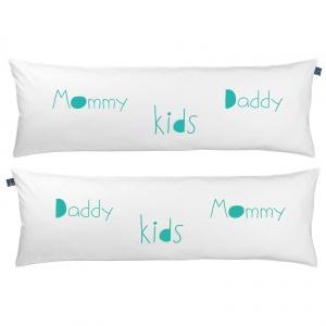 One Pillow Mommy Daddy kids. Fot. Mr&Mrs Sleep