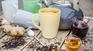 Jesienią częściej mamy ochotę na ciepłe napoje, które rozgrzewają podczas chłodnych, deszczowych dni i dodają potrzebnej do codziennego funkcjonowania energii.
