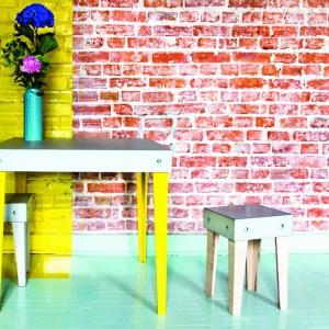 Stolik z betonu. Sprawdź, jak modnie się prezentuje