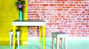 Meble z betonu architektonicznego to kwintesencja nowoczesnego designu. Są odważnym rozwiązaniem, które wprowadza do wnętrza nowoczesny minimalizm i industrialny styl.