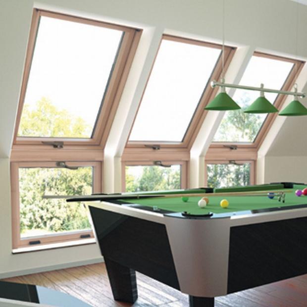 Modne i jasne wnętrze - zastosuj okna kolankowe