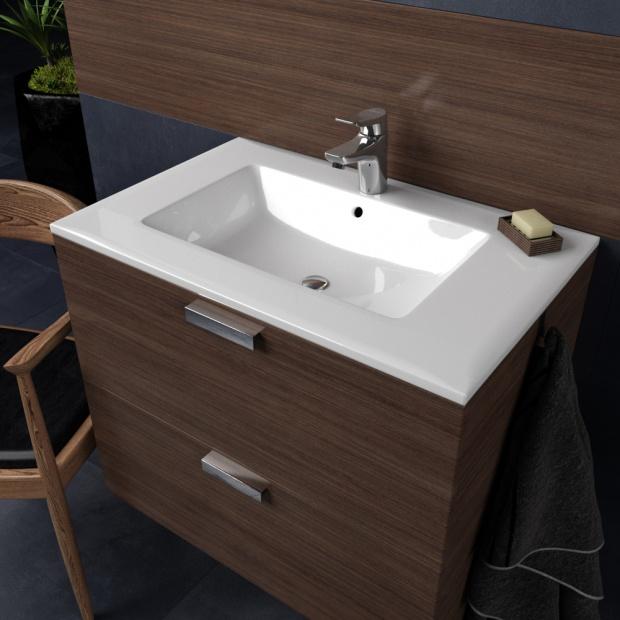 Urządzamy łazienkę w klasycznym brązie
