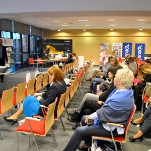 Spotkanie zamknął wykład Marcina Pobożego, specjalisty od marketingu, który pokazał zasady i podstawy budowania marki osobistej architekta.