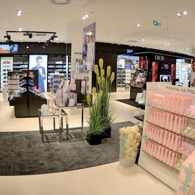 Zobacz jedną z największych perfumerii w Polsce