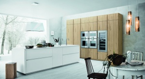 Unikalny i wyrazisty kształt okapu Lumiere sprawi, że stanie się on ozdobą każdej kuchni.