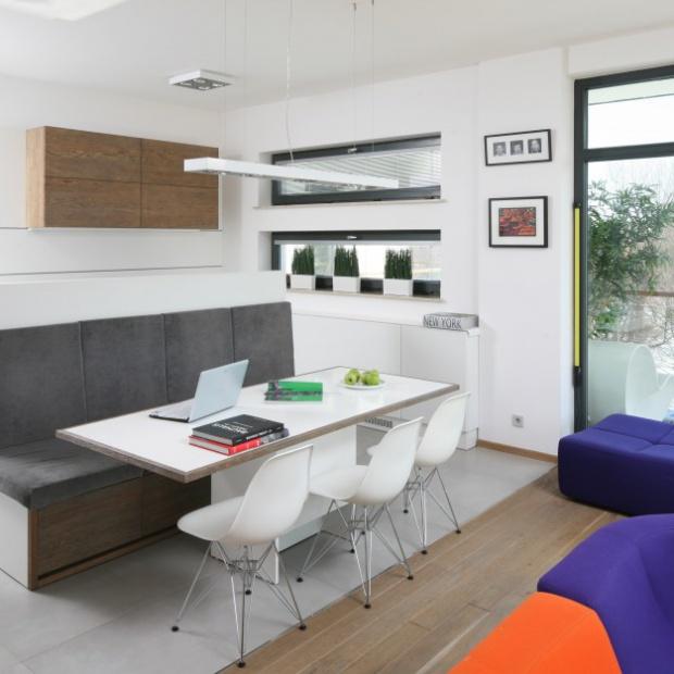 Inspirujące projekty kuchni otwartych na salon