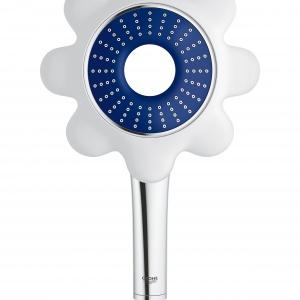 Inspirowana kwiatami kolekcja kolorowych słuchawek prysznicowych RAINSHOWER FLOWER zaprojektowana z myślą o miłośnikach i najmłodszych użytkownikach łazienek. Inspiruje do tworzenie modnych, barwnych stylizacji. Ok. 250 zł. Fot. Grohe