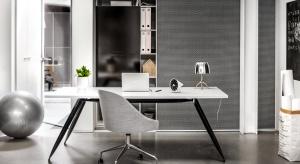 Domowy gabinet lub specjalnie zaaranżowane miejsce do pracy coraz częściej <br />pojawia się w domach osób wykonujących wolne zawody.