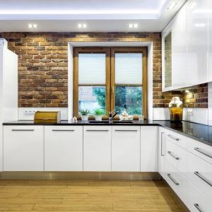 Cegła w kuchni. Fot. Studio A&K Max Kuchnie