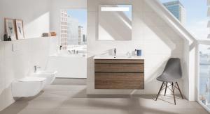 Wybór mebli wymaga solidnej wiedzy. Szczególnie przy urządzaniu łazienki. Ważna jest ich ergonomiczność, pojemność, wewnętrzne rozplanowanie, a przede wszystkim materiały i jakość.