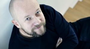 Jest jednym z najbardziej znanych i nagradzanych polskich projektantów. 7 grudnia w czasie Forum Dobrego Designu Piotr Kuchciński opowie o swoich najnowszych projektach.