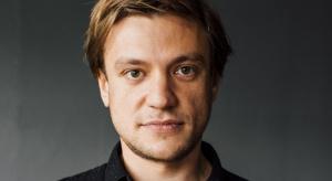 Mikołaj Molenda, jeden z założycieli innowacyjnej firmy meblarskiej Tylko, weźmie udział w Forum Dobrego Designu. Na naszej scenie opowie o pomyśle na startup, który przyniósł im międzynarodowy sukces.
