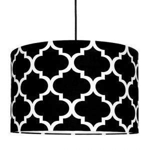Czarny ABAŻUR marokańskie wzory wykonany jest z bawełny. 189 zł. Fot. Opa&Company