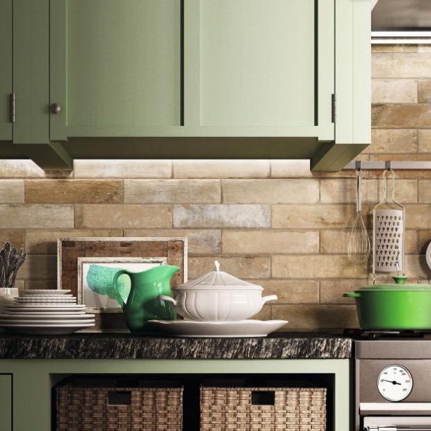 Podłogi i ściany w kuchni: zobacz modne kolekcje płytek