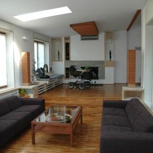 Podłogi drewniane - sposób na przytulny dom