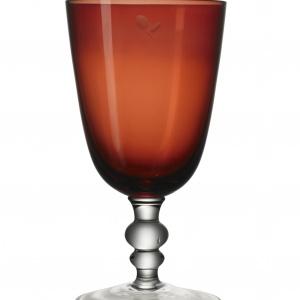 Wykonane z dmuchanego szkła kieliszki z kolekcji WINTER 2015 będą ozdobą stołu i sprawią, że dekoracja nabierze wyrafinowanego smaku. Od 9.99 zł. Fot. IKEA