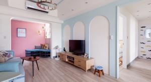 Architekci z tajwańskiej pracowni HAO Design Studio, projektując mieszkanie dla młodej nauczycielki o radosnym usposobieniu postawili na żywe, energetyzujące kolory i fantazyjne wzory.
