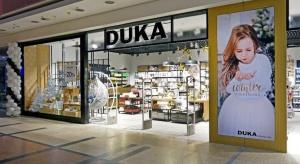 Marka Duka zaskoczyła mieszkańców Krakowa – 5 listopada br. zaprezentowała sklep w Galerii Krakowskiej w nowej odsłonie wizualnej. Za nawiązujący do filozofii Kitchen life koncept wizualny odpowiadają Agnieszka Gawron i Samir Tiliouine z LSD Stu