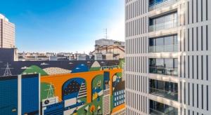 Skanska, jako pierwszy deweloper obiektów komercyjnych w Polsce, poddała większość swoich budynków biurowych szczegółowemu audytowi dostępności, wykonanemu przez Fundację Integracja. To pierwsza w kraju współpraca na linii deweloper komercyjn