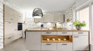 Współczesne urządzenia AGD wyposażone są w innowacyjne technologie, które znacznie ułatwiają nam codzienne kuchenne czynności.