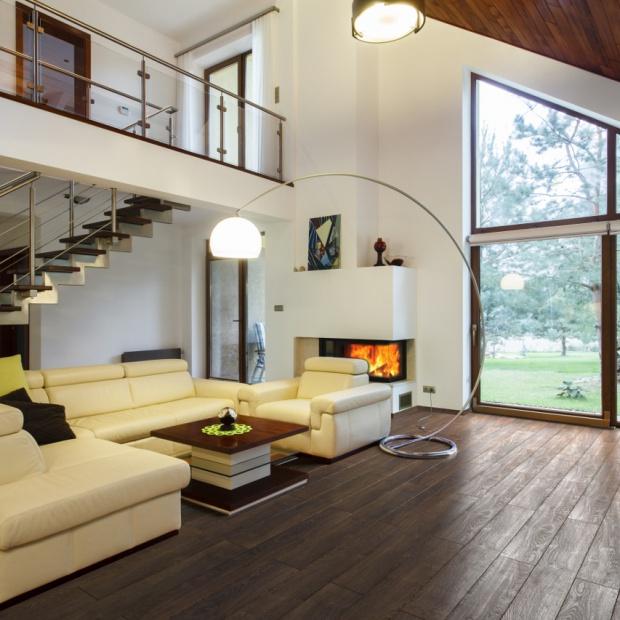 Urok drewna w przystępnej cenie - najnowsza kolekcja paneli laminowanych