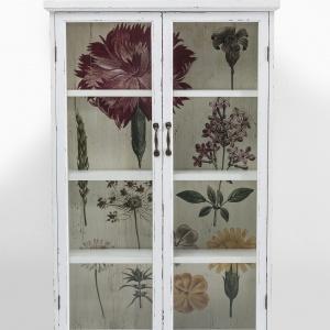 Urocza i subtelna szafka w wersji XL z serii FLOWER GARDEN wprowadzi do wnętrza klimat zaczerpnięty z pełnego kwiatów ogrodu. 1.279 zł. Fot. Kare Design