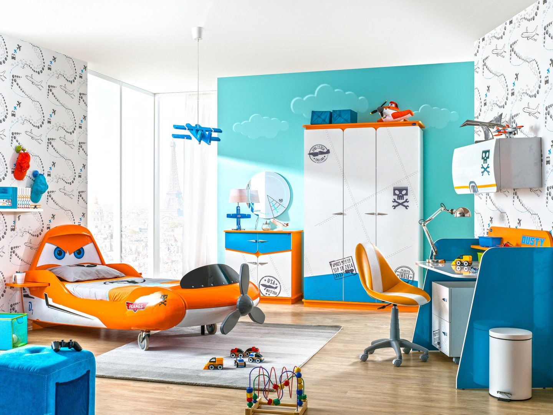 Meble z kolekcji PLANES to gratka dla miłośnika disneyowskich samolotów. Łóżko do złudzenia przypomina słynny samolot Dusty. 4.659 zł. Fot. Meble Kids