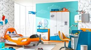Szukacie pomysłu na urządzenie pokoju dla chłopca? Zastanówcie się jaką bajkę lubi Wasze dziecko i poszukajcie wyposażenie orazmateriałów z takim motywem.