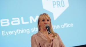 Czym jest biuro na plus? Jak urządzać przestrzenie biurowe? Odpowiedzi na te pytania udzieliła Anna Śmieszek, przedstawicielka marki Balma.