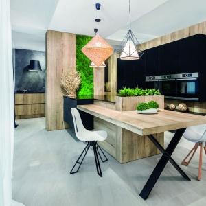 Przestrzeń kuchni i jadalni. Wyróżnienie - Kuchnia Musco/Vigo Kuchnie