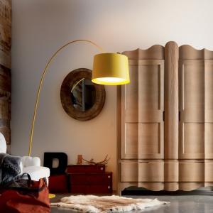 Duża szafa w salonie. Zobacz 5 ciekawych pomysłów