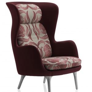 Każdy fotel RO to kompozycja o dwóch różnych fakturach - na zewnątrz fotela, i na siedzisk. Mebel zapewnia intymną przestrzeń dla użytkownika. 10.676,85 zł. Fot. Fritz Hansen
