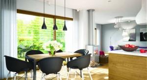 Riko III G2 to funkcjonalny i energooszczędny dom zamknięty w modnej bryle nowoczesnej stodoły, która gwarantuje bardzo dobre parametry cieplne.