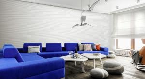 Apartament na 12.piętrze wieżowca Sea Towers w Gdyni, z widokiem na port gdyński i Skwer Kościuszki, urządzony jest w stylu marynistycznym.