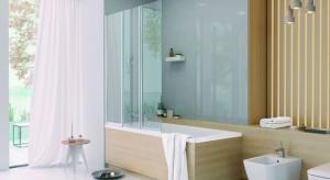 Kiedyś w łazienkach Polaków standardem była wanna. Obecnie popularność kabin prysznicowych sprawia, że coraz częściej zastanawiamy się, które rozwiązanie wybrać.Kompromisem może być parawan nawannowy.
