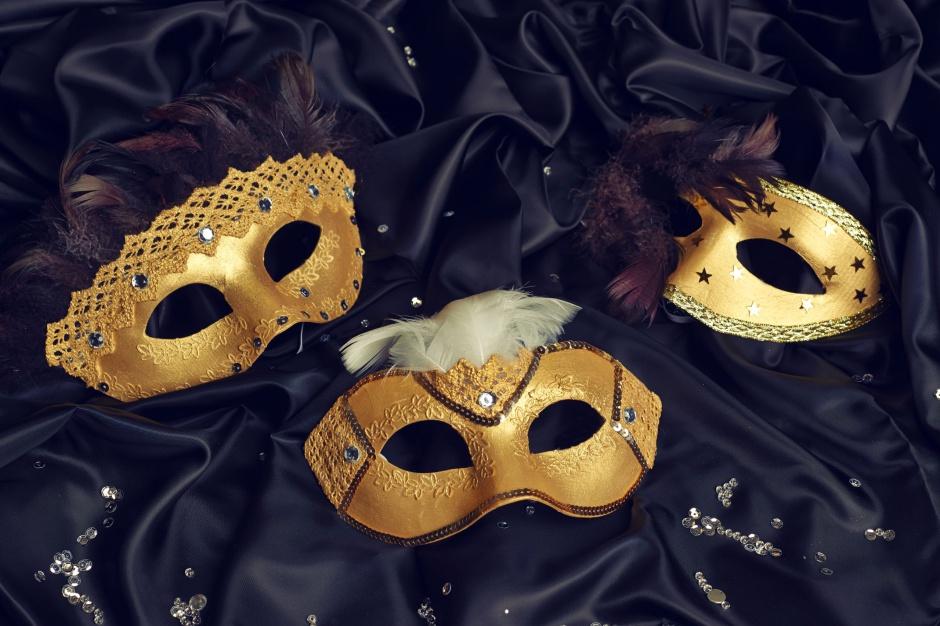 Zrób to sam: elegancka maska na Sylwestra  i karnawał gotowa! Fot. Bosch