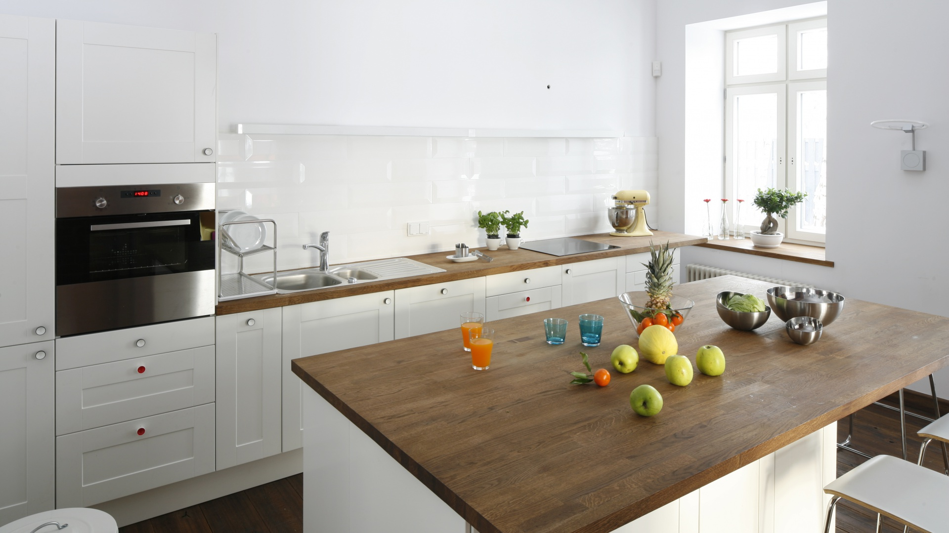 Modna kuchnia: pomysły na strefę zmywania. Projekt: Konrad Grodziński. Fot. Bartosz Jarosz