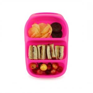 Sztywny pojemnik na lunch BYNTO przeznaczony do przenoszenia suchych posiłków. Z trzema pojemnymi komorami, elastycznym wieczkiem i poręcznym uchwytem. 79 zł. Fot. Goodbyn