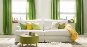 W tym sezonie pastele muszą oddać miejsce na podium nowej, bardziej intensywnej barwie – Greenery. Zieleń ma symbolizować m.in. nowy początek.