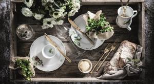Modraszki, rudziki, ziębyi czubatki, które zdobią piękną zastawę, zamienią nasz stół w prawdziwy, ptasi gaj i jednocześnie wprowadzą do naszego domu radosny nastrój.