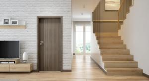 Drzwi dla miłośników elegancji i symetrii we wnętrzach. Dzięki różnorodności modeli i kolorów możliwe jest ich dopasowanie do każdej nowoczesnej aranżacji.