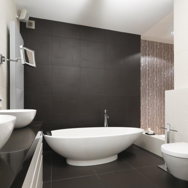 20 pomysłów na ściany w łazience