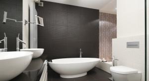 Płytki, szkło, fototapeta. Ściany w łazience można wykończyć na wiele różnych sposobów. W naszej galerii znajdziecie pomysły z polskich domów.