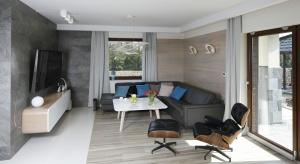 Jak urządzić salon? W naszej galerii znajdziecie kilka ciekawych pomysłów na aranżacjęsalonu w stylu nowoczesnym.