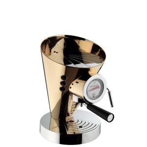 Ekspres ciśnieniowy pokryty 24-karatowym złotem DIVA INDIVIDUAL GOLD to prawdziwa perełka dla miłośników luksusowego wzornictwa na światowym poziomie. 14.250 zł. Fot. Casa Bugatti
